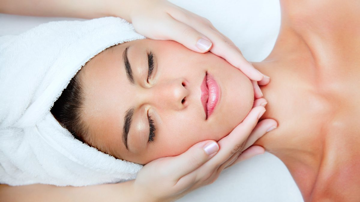 Facial treatment with hyaluronic acid Belgrade