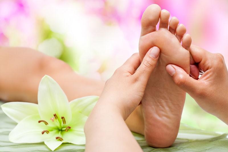 foots massage